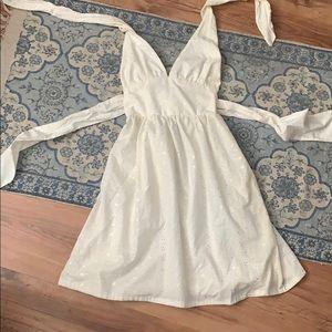 Dresses & Skirts - Cute White mini dress 🥥SUMMER SALE🥥